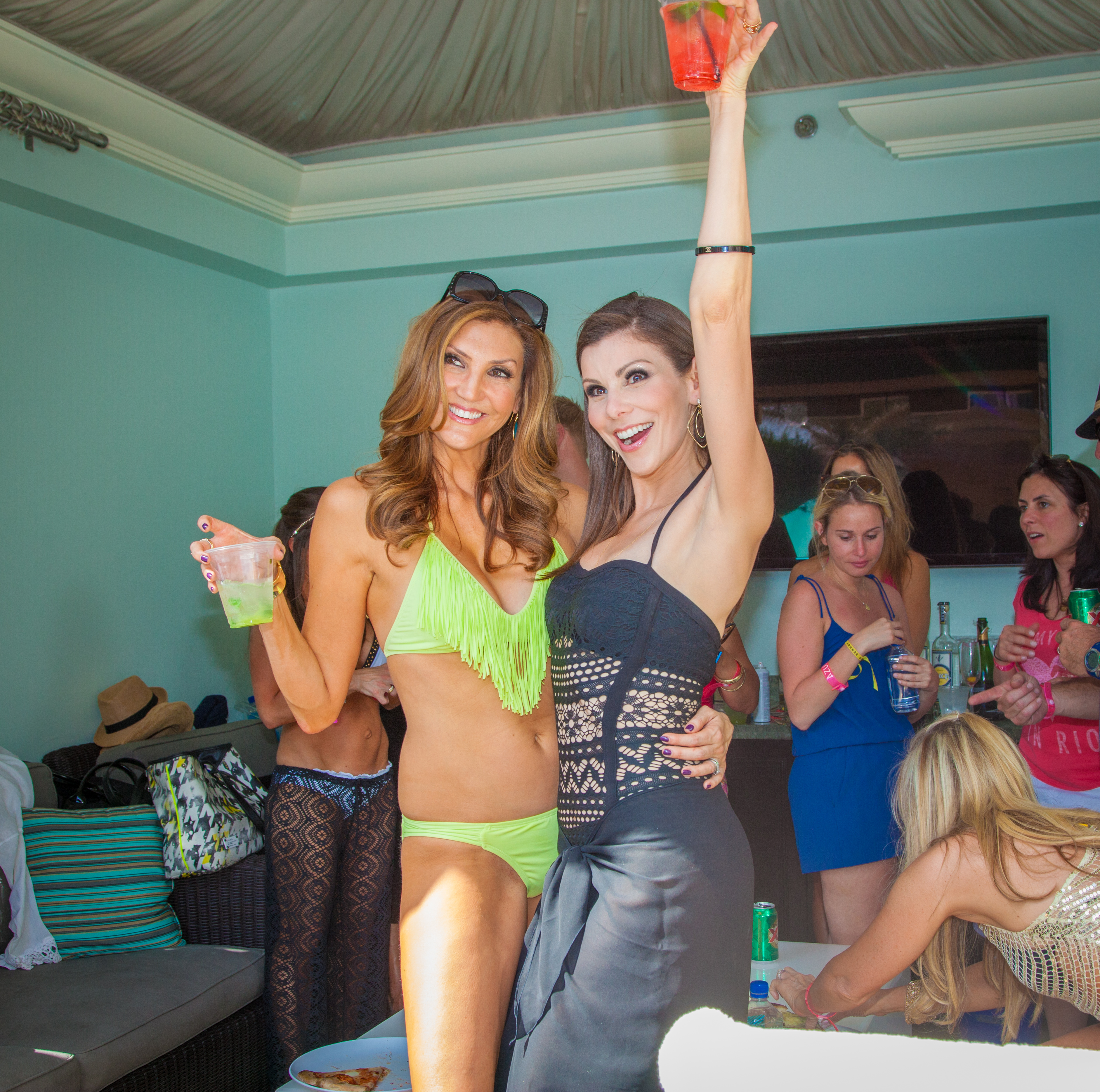 Heather McDonald & Heather Dubrow