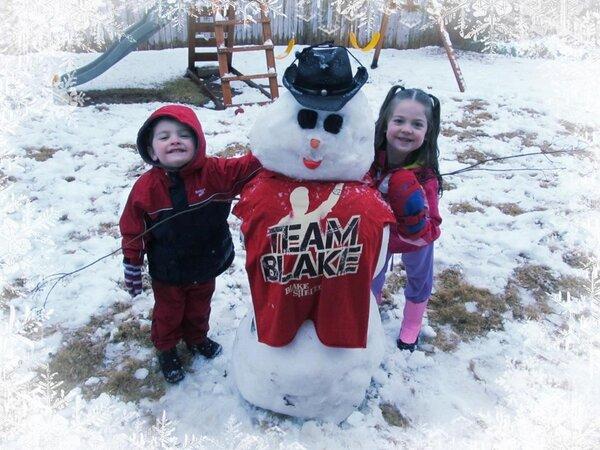 Blake Shelton snowman