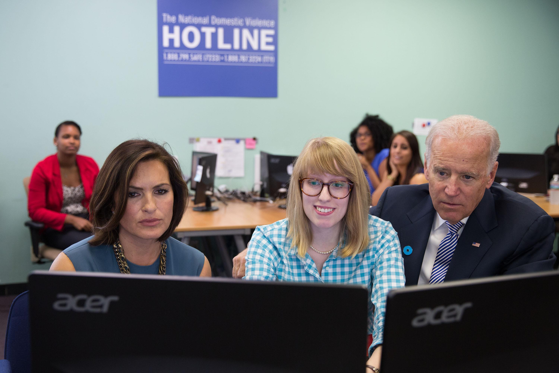 Mariska Hargitay & Joe Biden