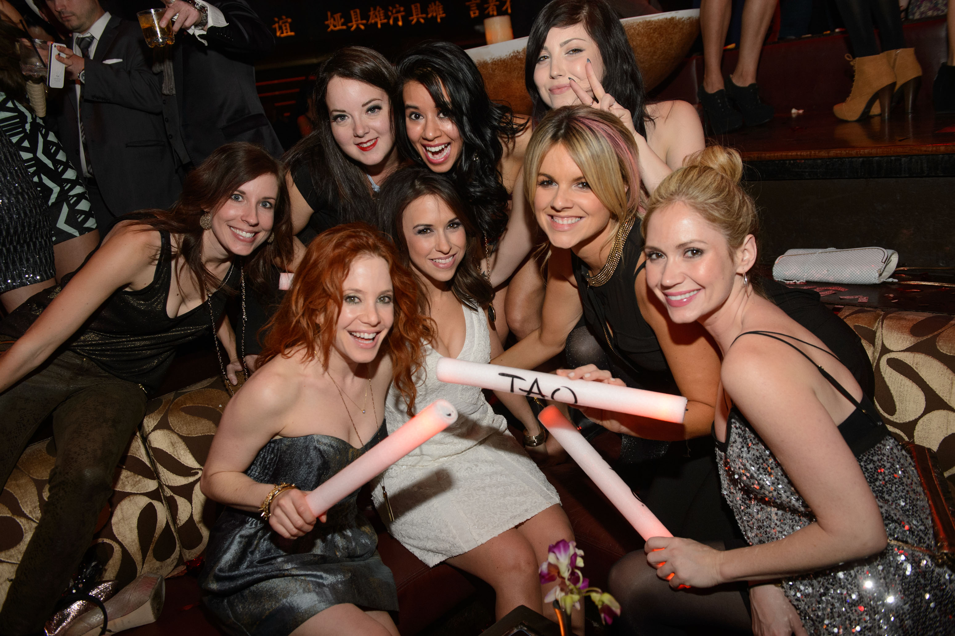 Ali Fedotowsky,  Lacey Chabert & Amy Davidson and Friends