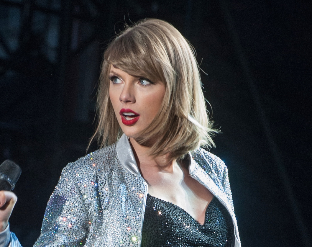 taylor swift s dating contract duggar update amp more
