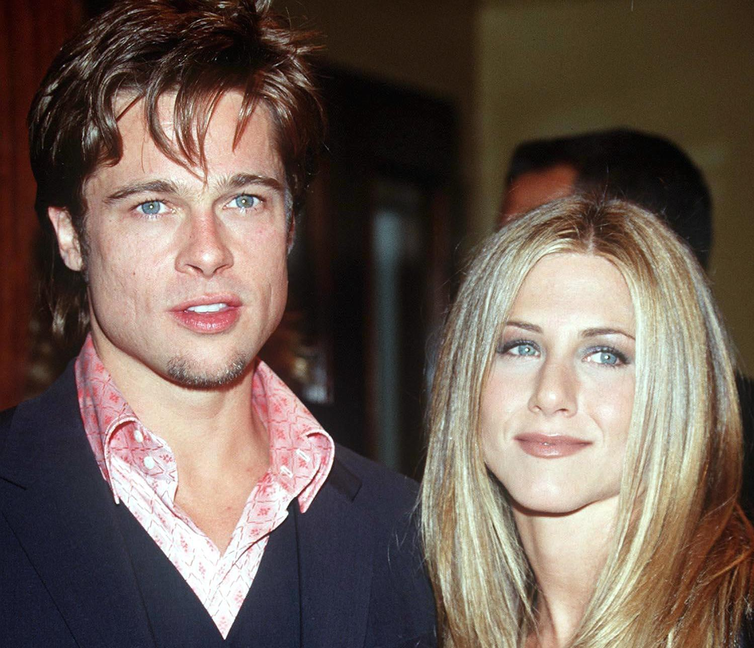 BRAD PITT WITH JENNIFER ANISTON AT 'THE FIGHT CLUB' PREMIERE IN  LOS ANGELES