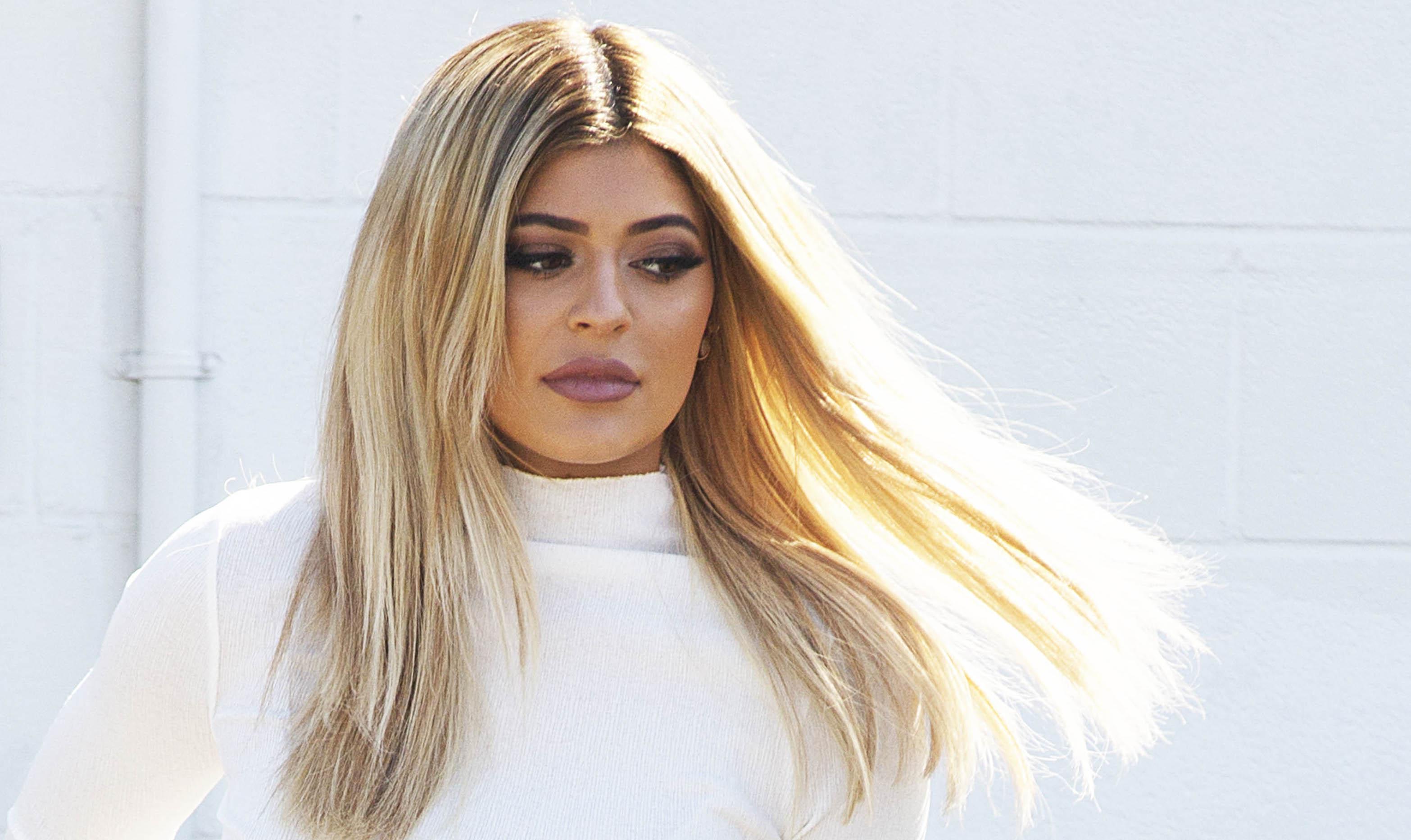 Kylie Jenner leaves studio in Van Nuys!