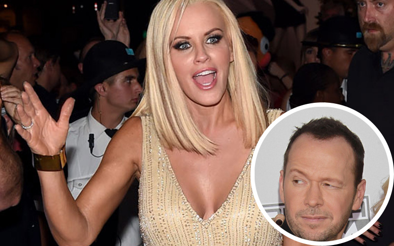 jenny-mccarthy-marriage-falling-apart-donnie-wahlberg