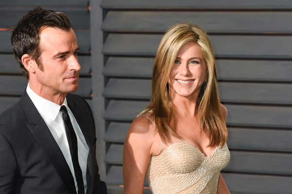 jennifer-aniston-justin-theroux-house-rules-6
