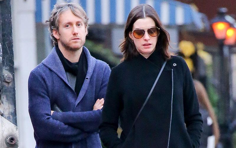 Anne Hathaway Pregnancy Drama