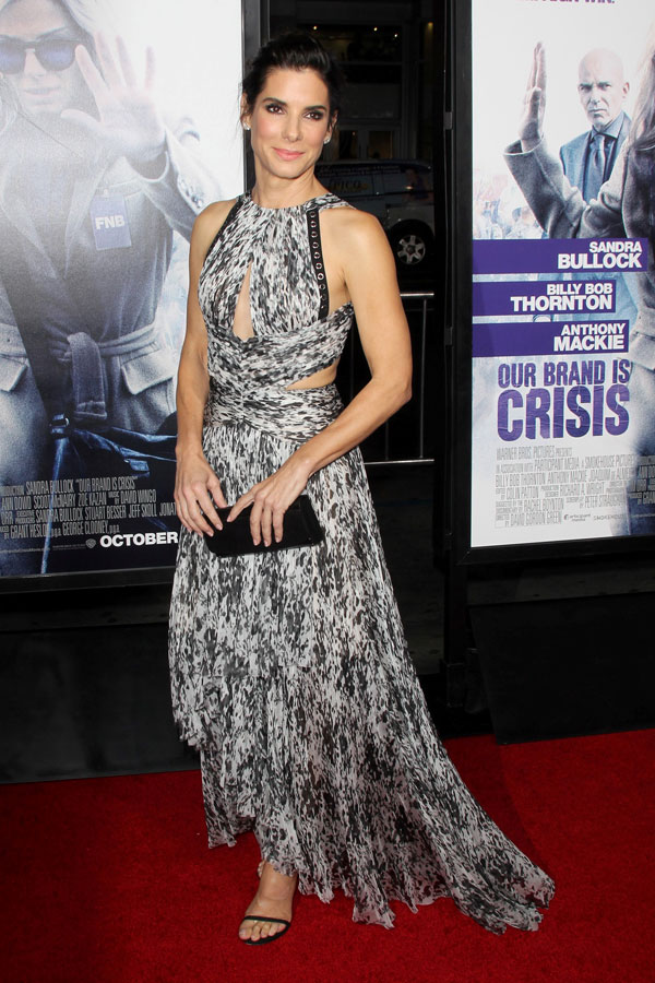 sandra bullock who is she dating 201 Bryan randall is the boyfriend dating megastar sandra bullock read on for details on who the former model and photographer is, plus their relationship details.