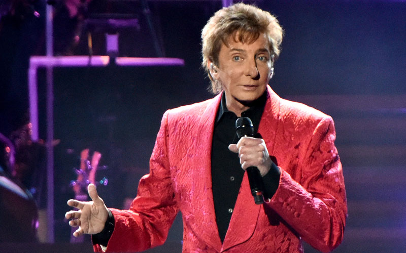 barry manilow hospitalized heart attack