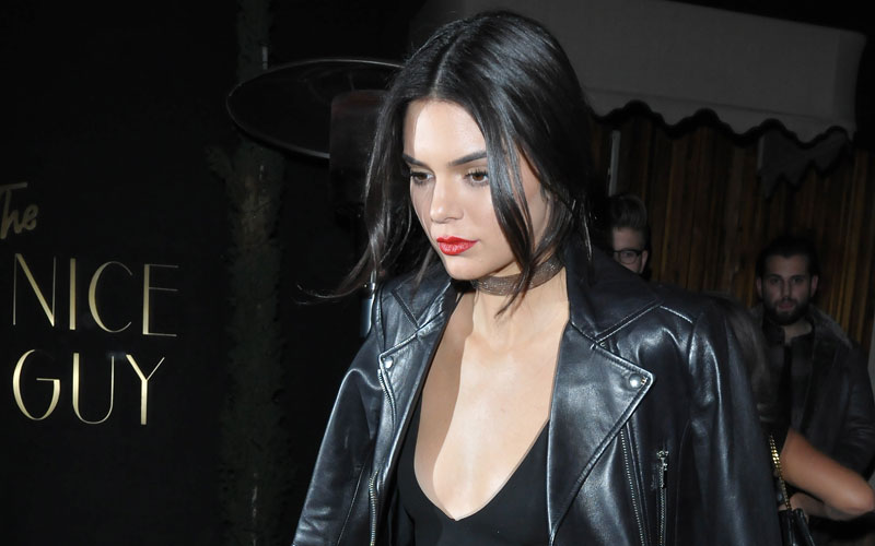 kendall jenner wardrobe malfunction bare cleavage