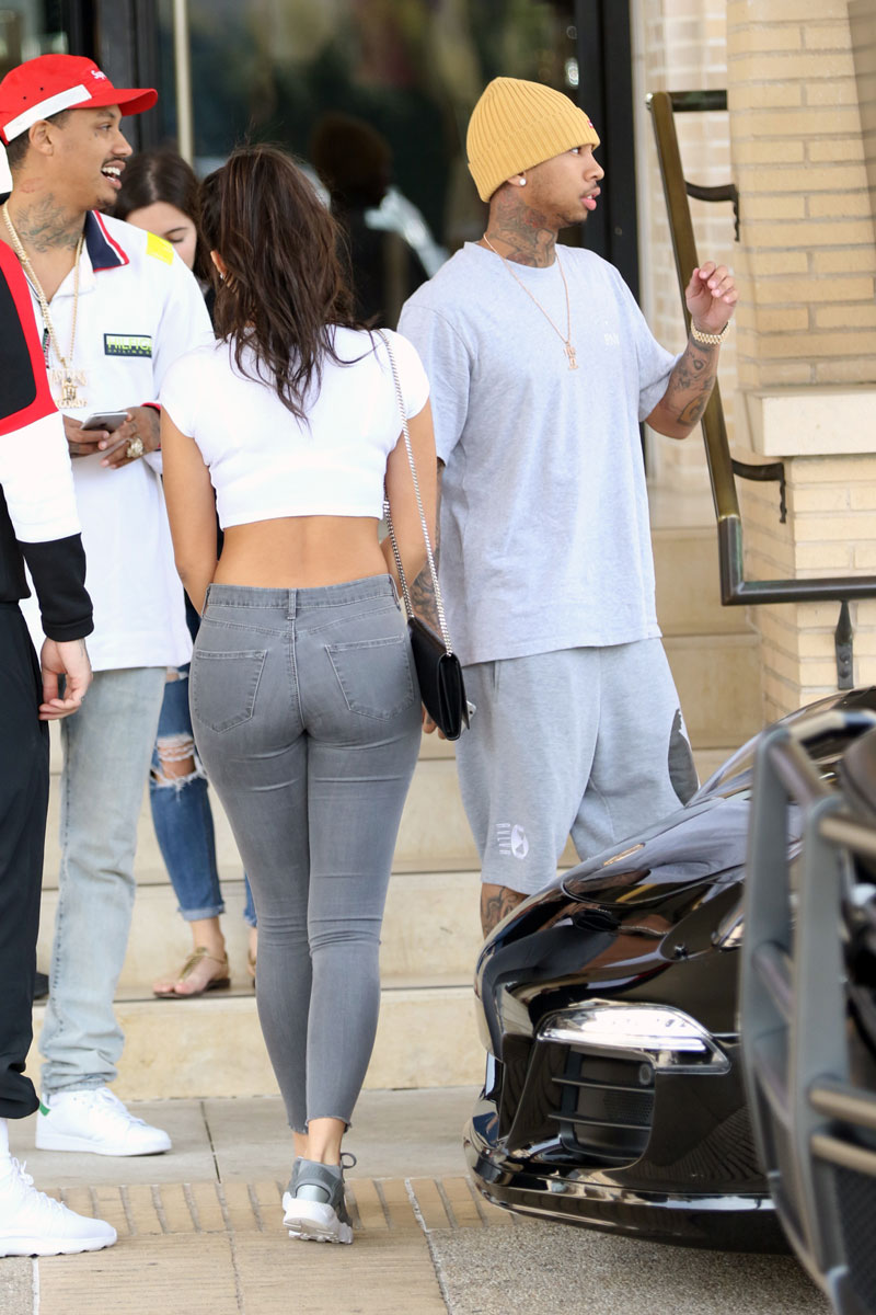 Tyga Cheating On Kylie Jenner With 35 Year Old Video Vixen: Another Humiliation! Kylie Jenner's Boyfriend Tyga Caught