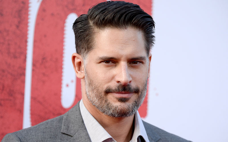 joe manganiello hospitalized apendicitis surgery