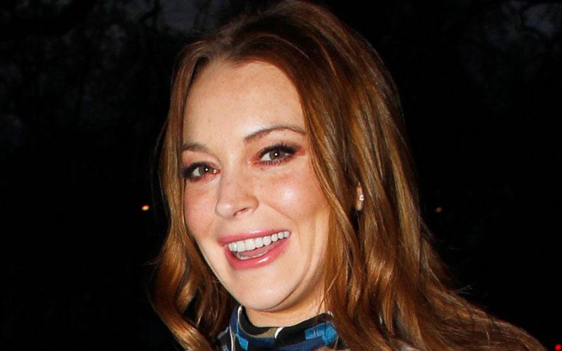 Omg Lindsay Lohan Bares Her Top At Asian Awards Show  See The Nip Slip Pics -9392