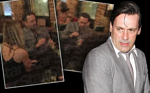 Jon Hamm Relapse Alcohol Drinking Bar Pics 3