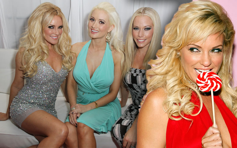 bridget marquardt kendra wilkinson holly madison playboy mansion feud