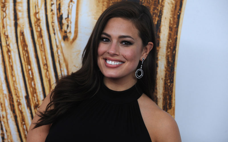 ashley graham plus size model cellulite instagram pic