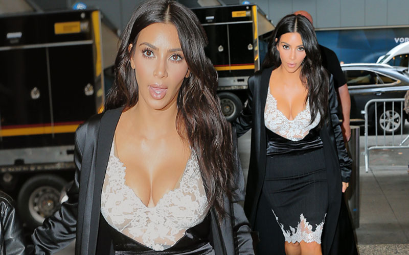 kim kardashian boobs topless kanye west jelous pics