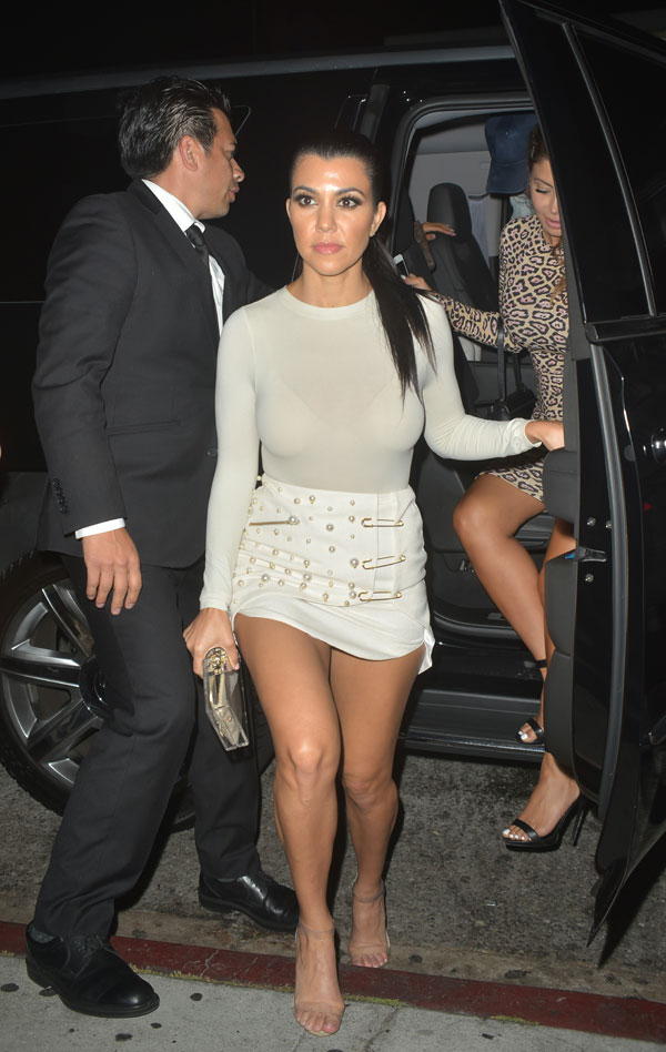 REPORT Justin Bieber dating Kourtney Kardashian in secret; enraged ...