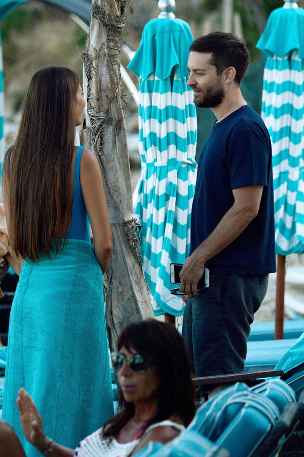 Shirtless Tobey Maguire Parties With Mystery Women On A ... Tobey Maguire Gambling