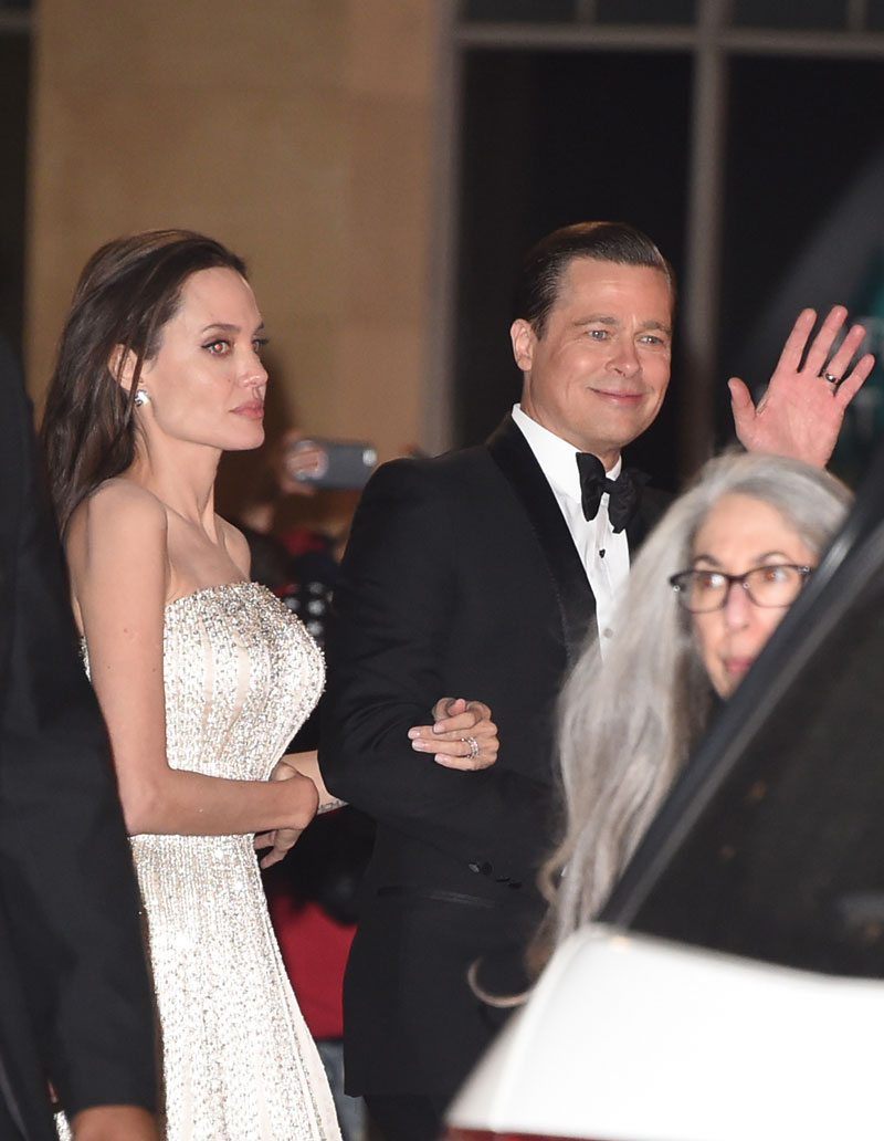 'She Was In Tears!' Angelina Jolie FURIOUS After Brad Pitt ...