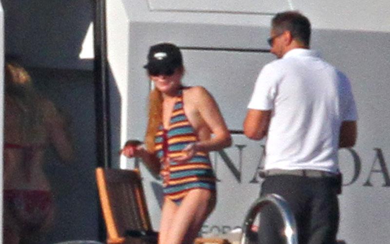 Lindsay lohan pregnant break up egor tarabasov