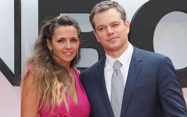 Matt Damon Wife Luciana Marriage Problems Red Carpet Jason Bourne Premiere Pics 5