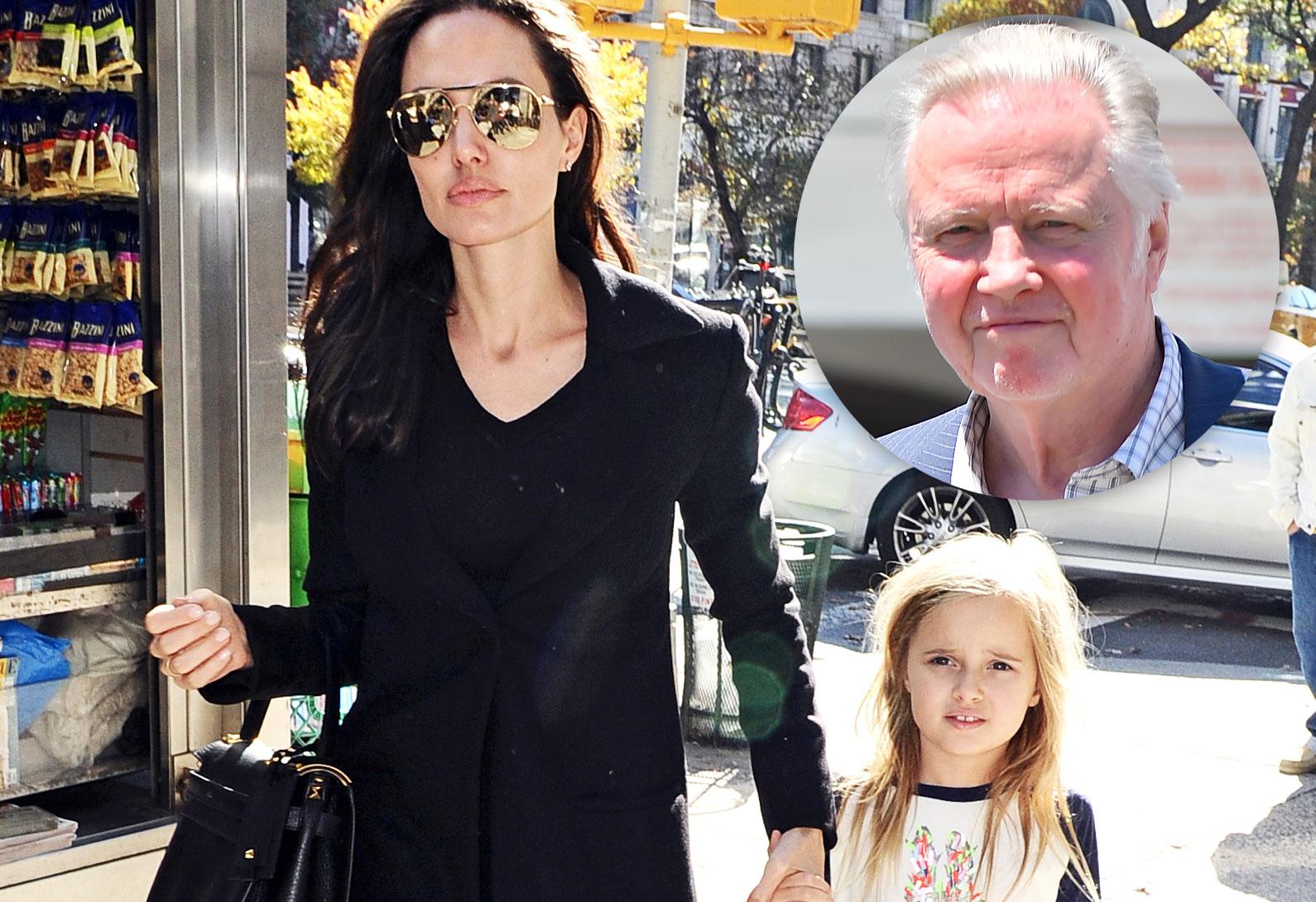 Angelina jolie divorcing brad pitt 05