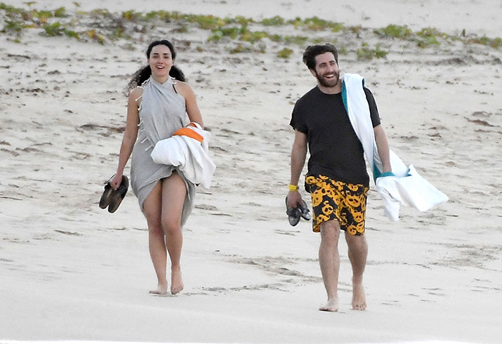 Jake gyllenhaal new girlfriend greta caruso st barts pics