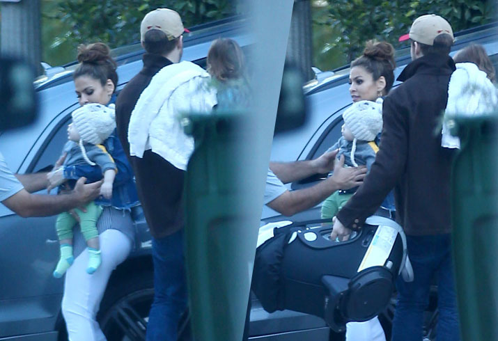 Ryan Gosling Eva Mendes Kids Spotted Rare Pics
