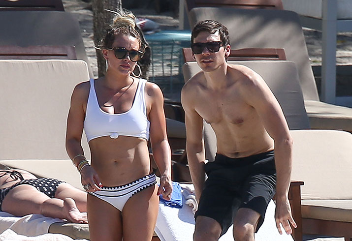 Hilary duff bikini boyfriend matthew koma costa rica