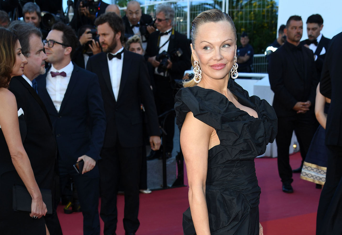 Pamela anderson unrecognizable cannes photos