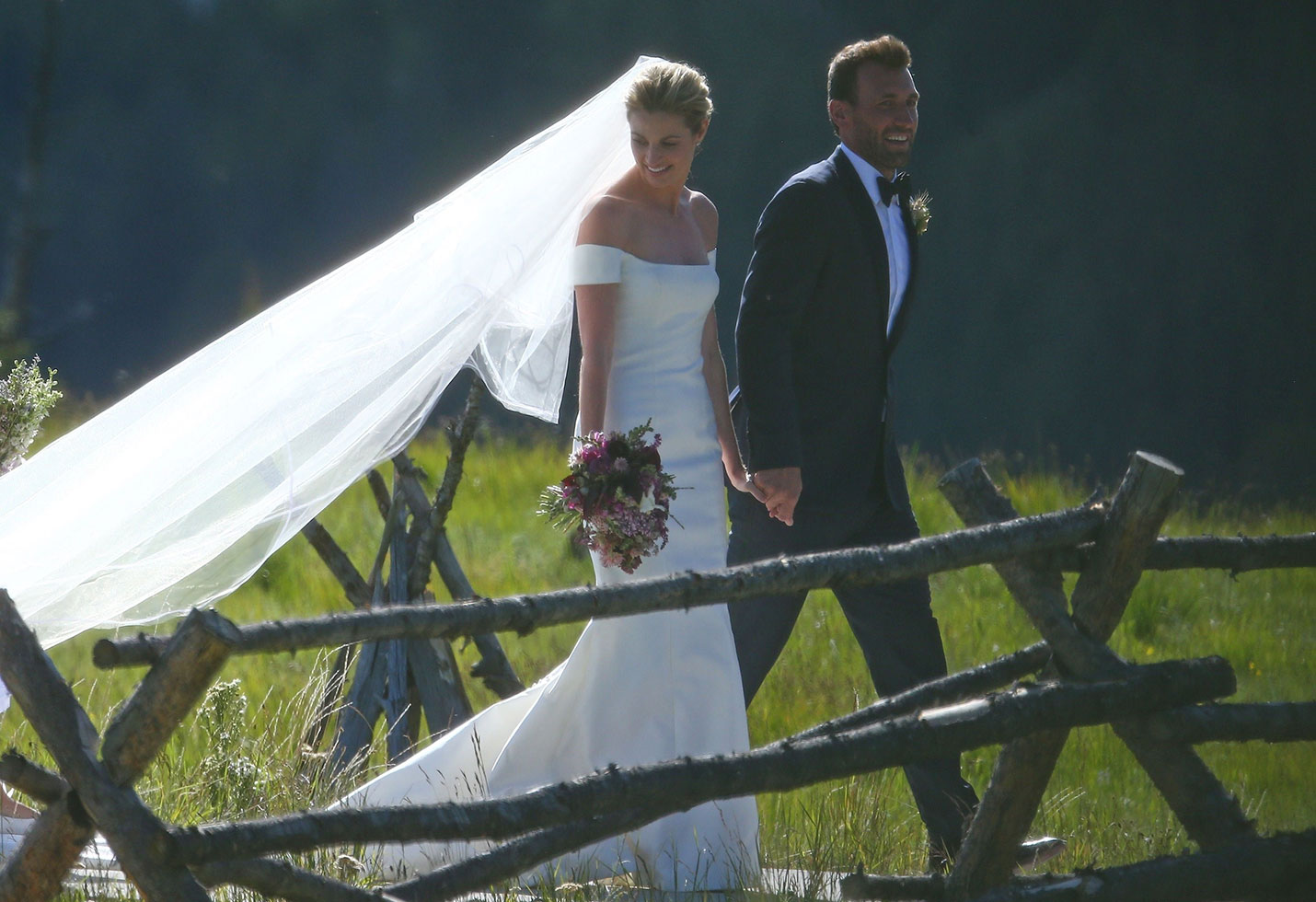 Erin andrews wedding jarett stoll montana
