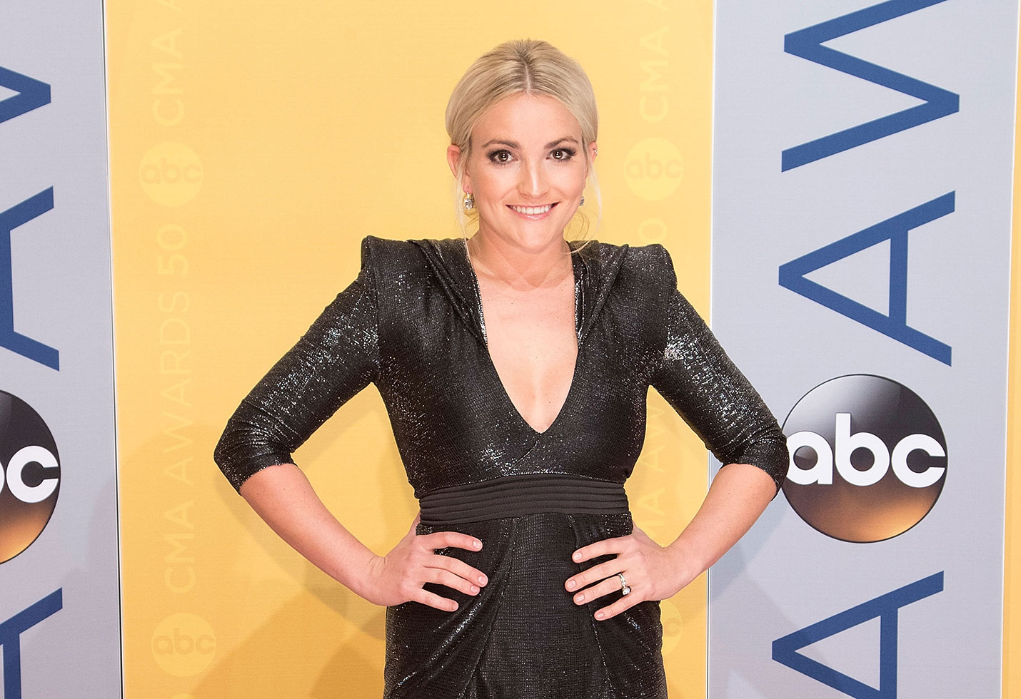Jamie lynn spears thanks first responders daughter maddie atv accident