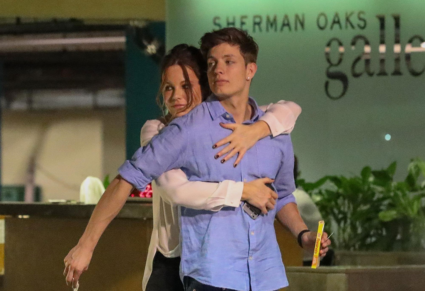 Kate beckinsale dating younger man matt rife