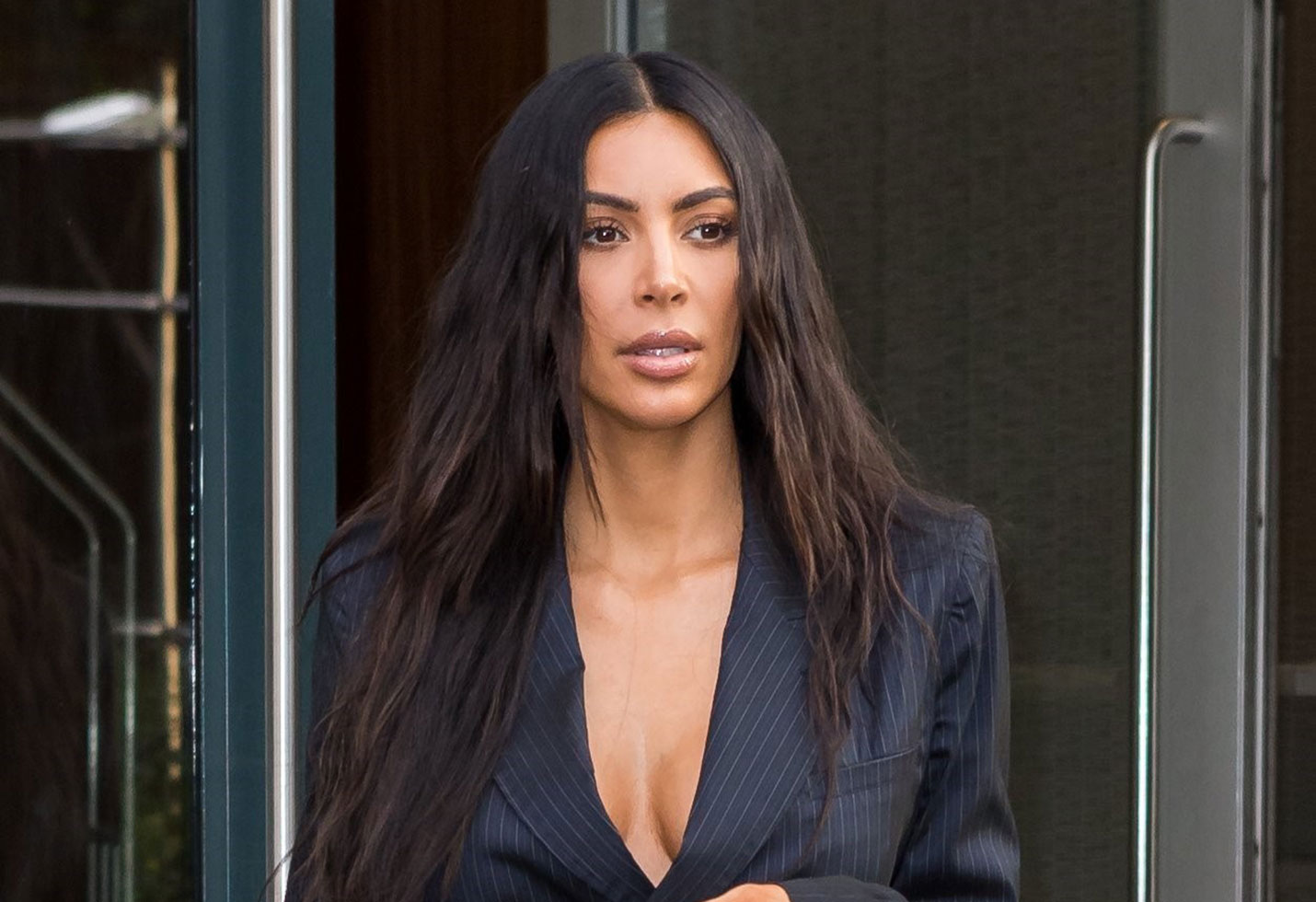 Kim kardashian claims bikini cellulite photo photoshopped
