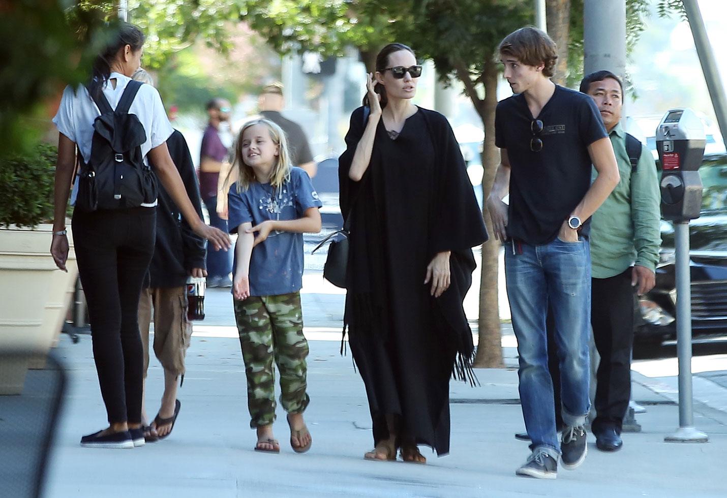 Angelina jolie kids shopping