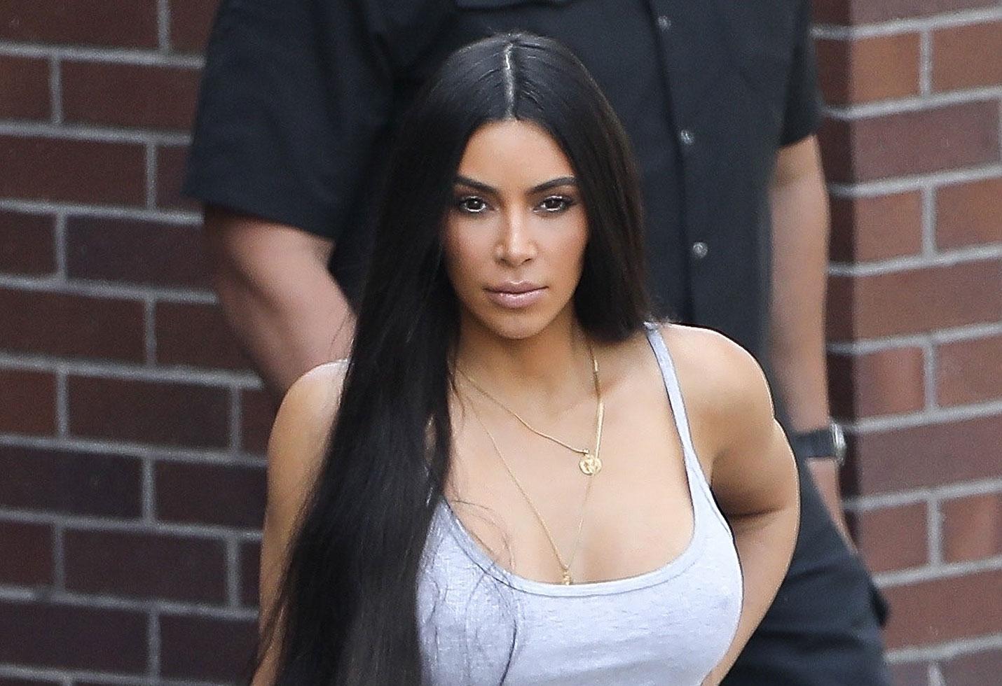 kim kardashian nipple pics