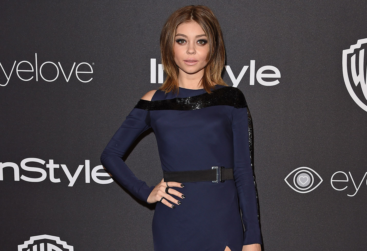 Sarah hyland reveals modern family character bisexual feature