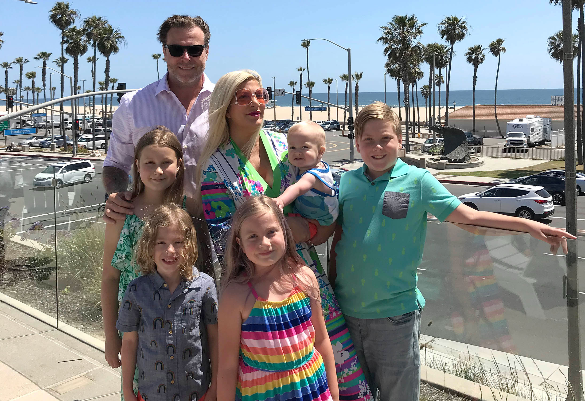 Tori spelling mothers day pics