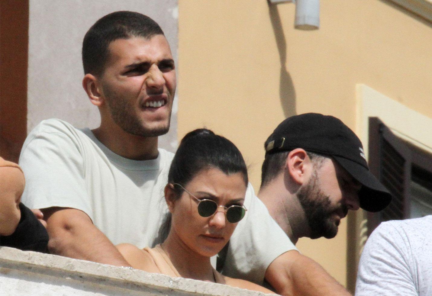 Kourtney Kardashian Boyfriend Younes Mad About Her Sexy Selfies-6839