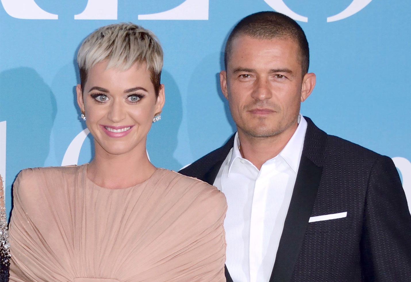 Katy perry orlando bloom engaged ring photo
