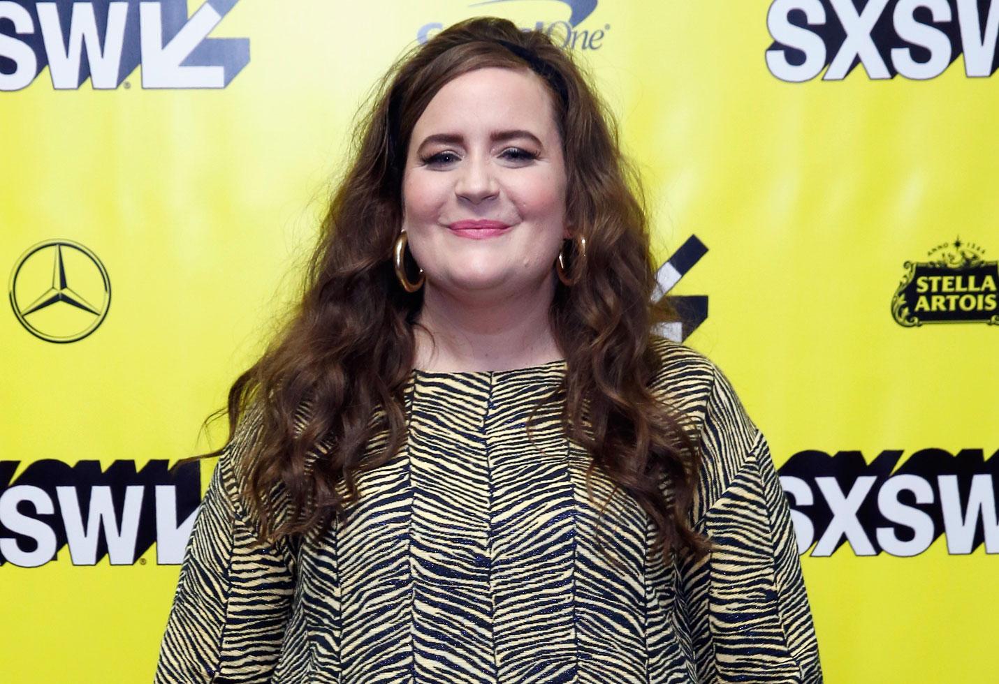 Aidy bryant calls herself fat snl shrill hulu