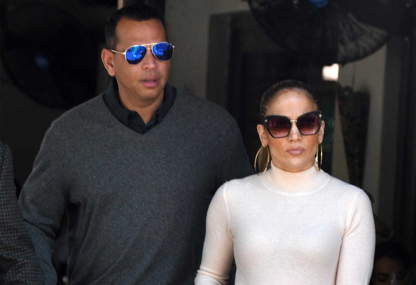 Jennifer lopez alex rodriguez wedding plans delayed engagement