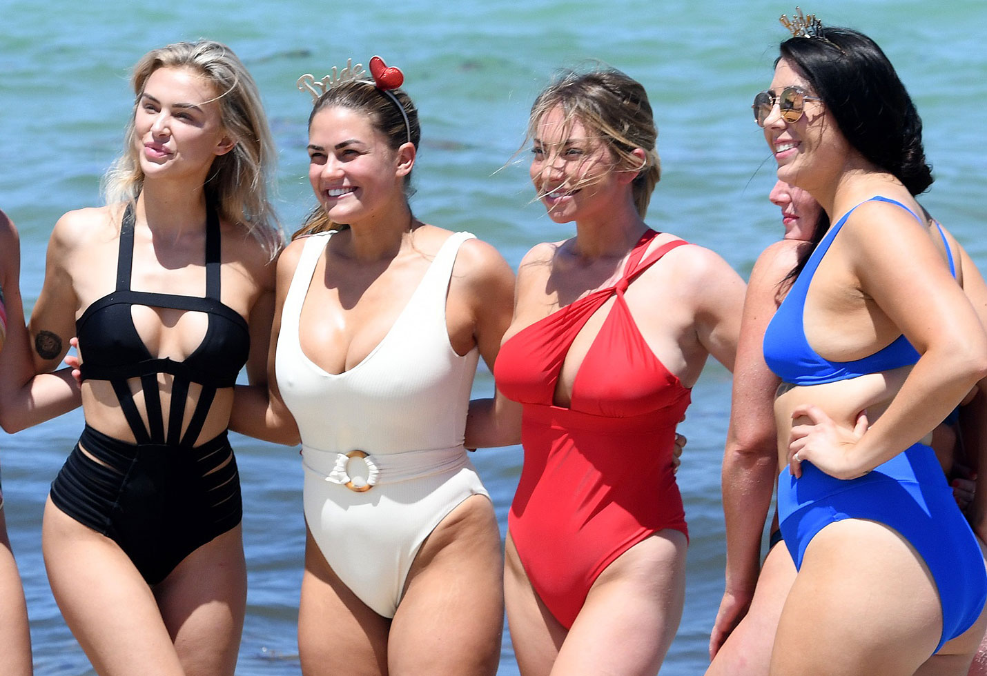 Vpr brittany cartwright bachelorette lala kent bikinis
