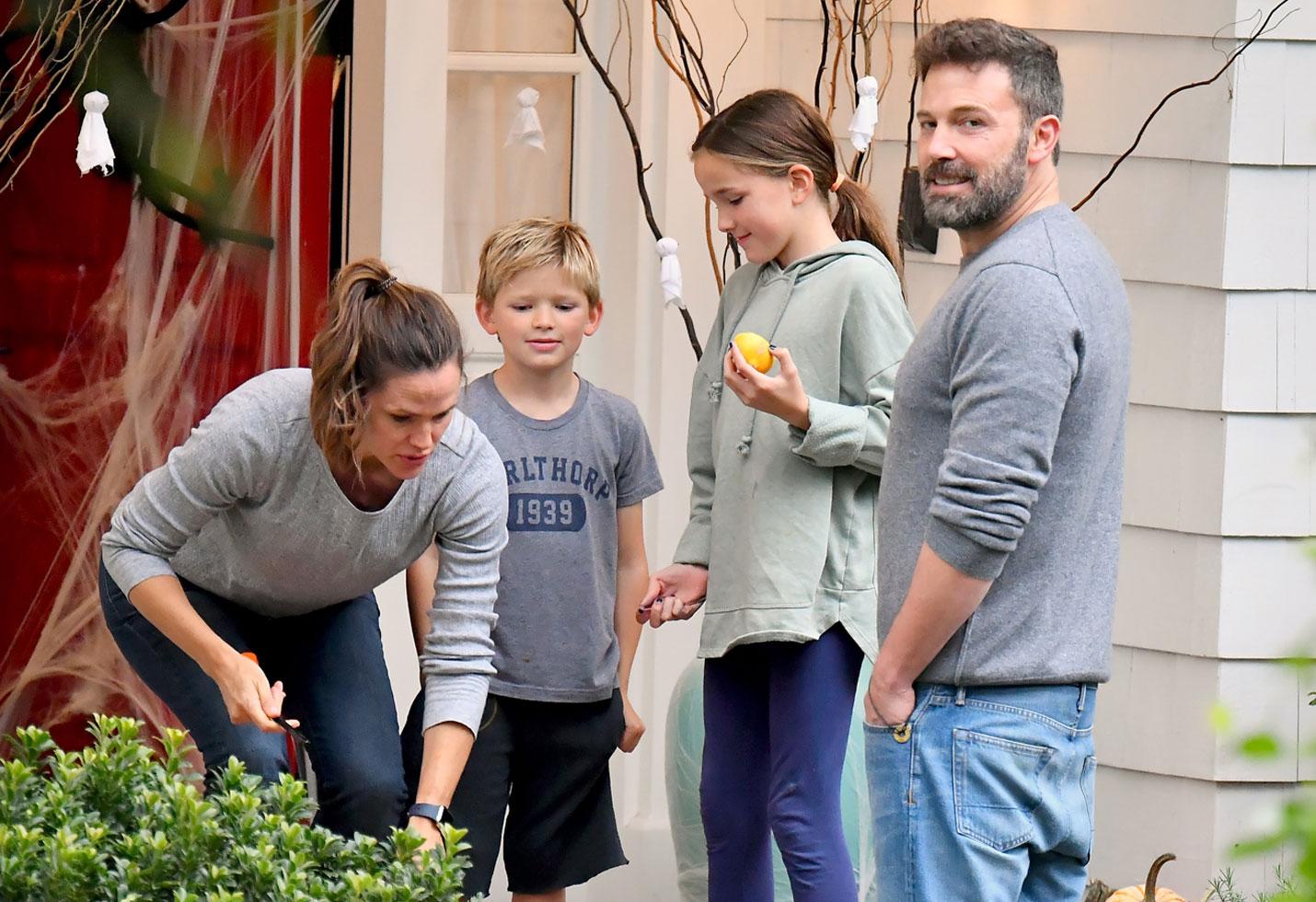 Ben Affleck, Jennifer Garner, Seraphina and Samuel